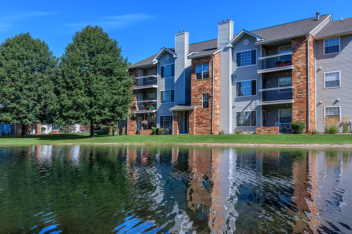 The Landings at the Preserve Apartments accent image 1